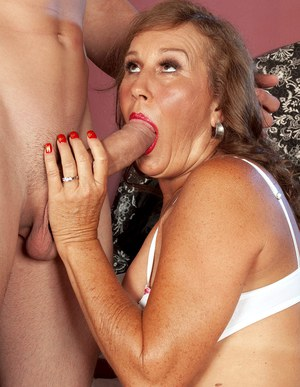 Granny how to blow without theets Part 4 5