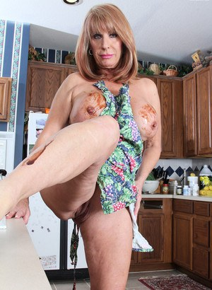 granny and mature porno